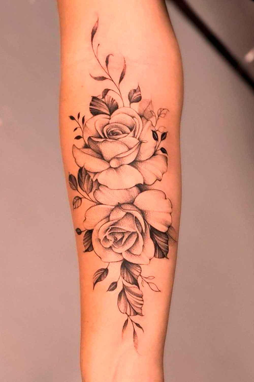 tatuagem-delicada-de-rosas-no-antebraco