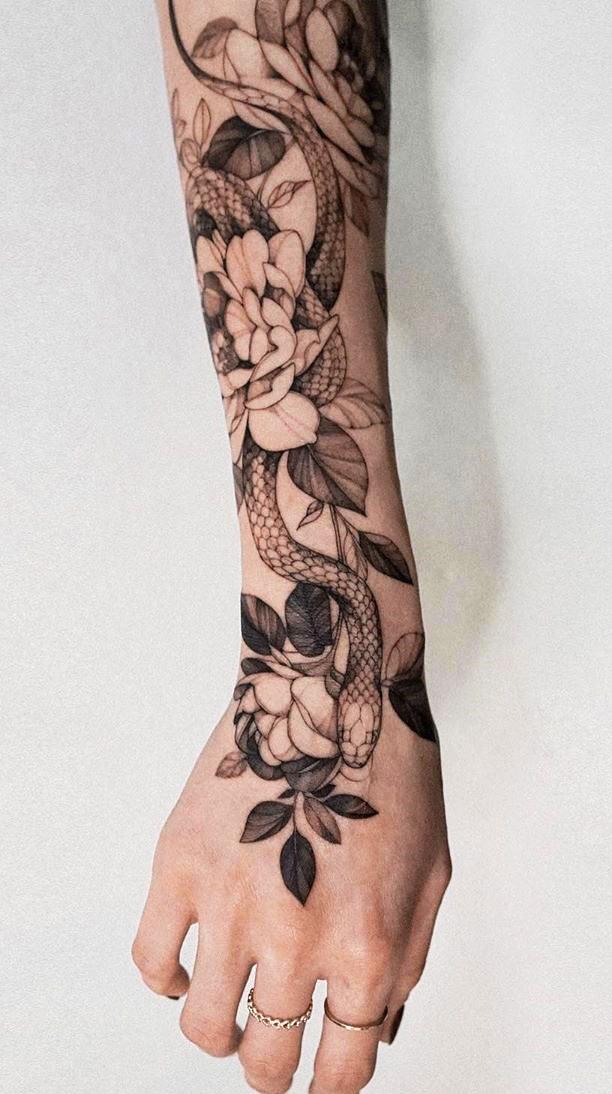 tatuagem-feminina-no-antebraco-2020