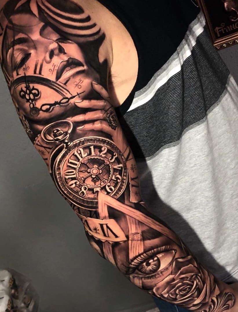 Braço-fechado-de-tatuagens-masculinas-para-se-inspirar-5