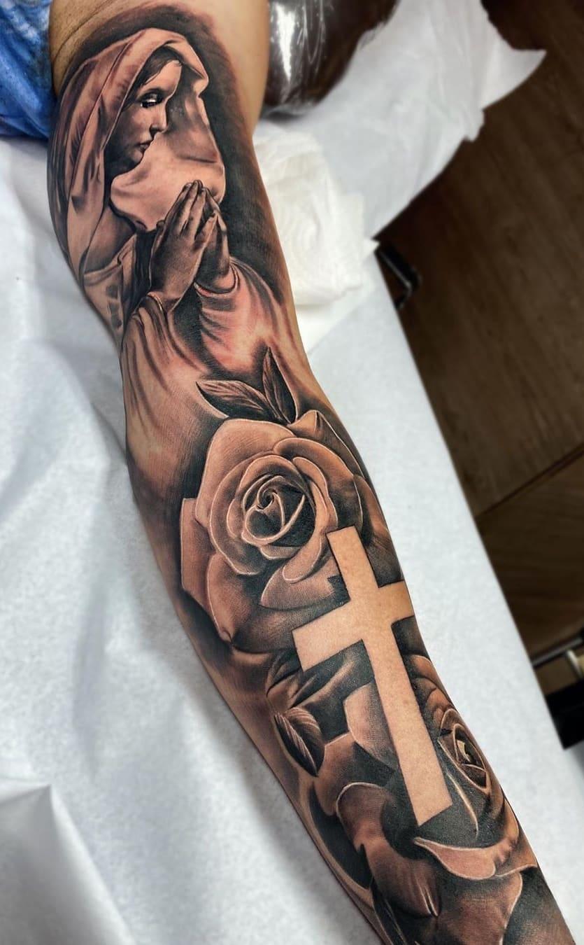 Braço-fechado-de-tatuagens-masculinas-para-se-inspirar-9
