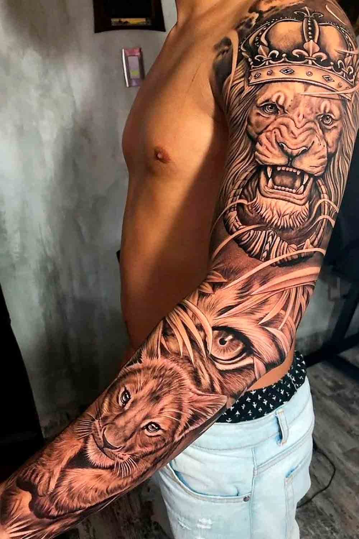 braco-fechado-de-tatuagem-de-leao