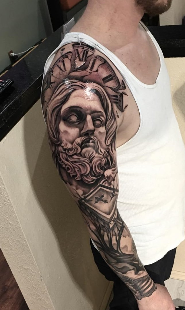 inspirações-de-braço-fechado-de-tatuagens-4