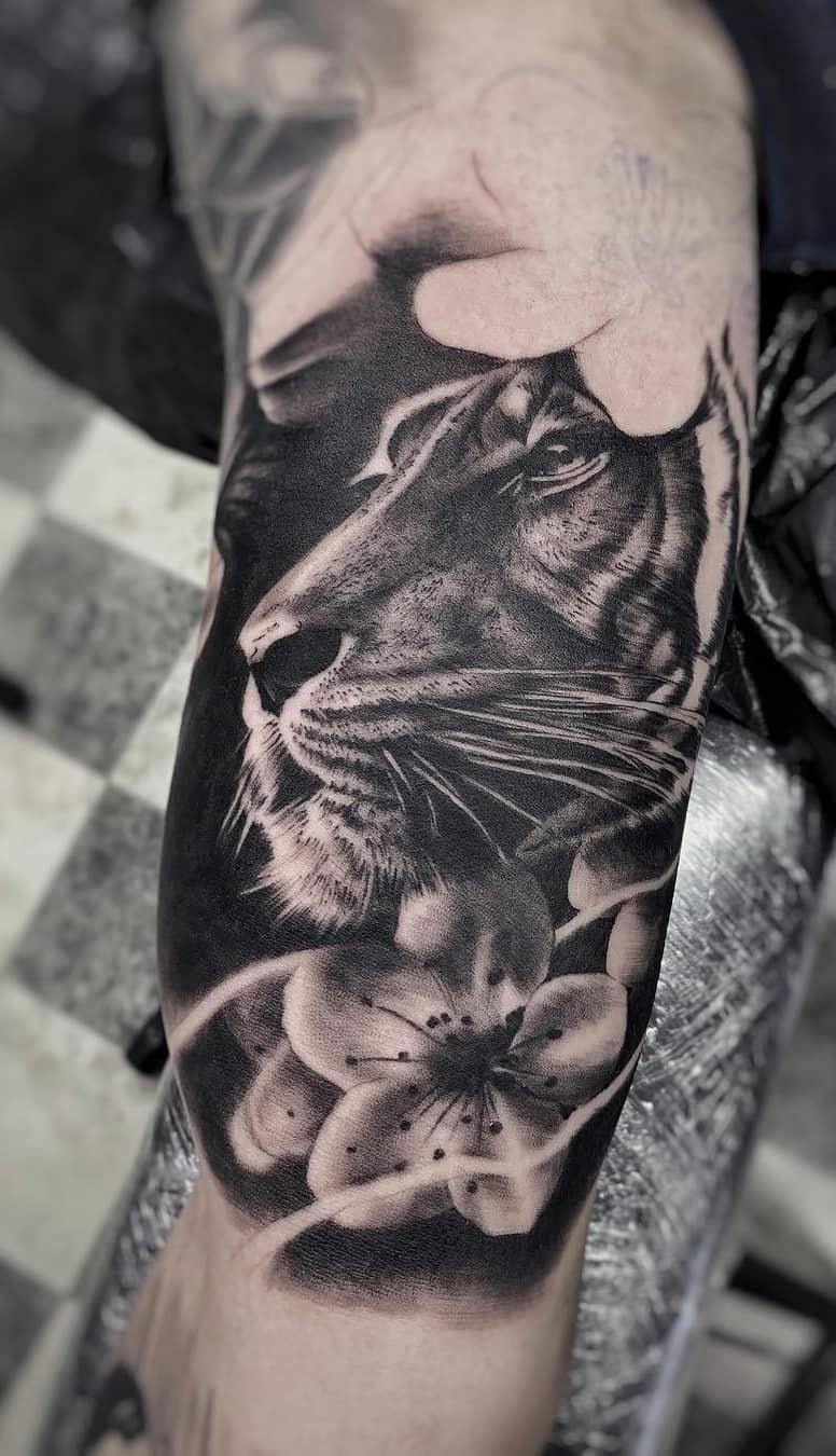 inspirações-fotos-de-tatuagens-de-tigre-4