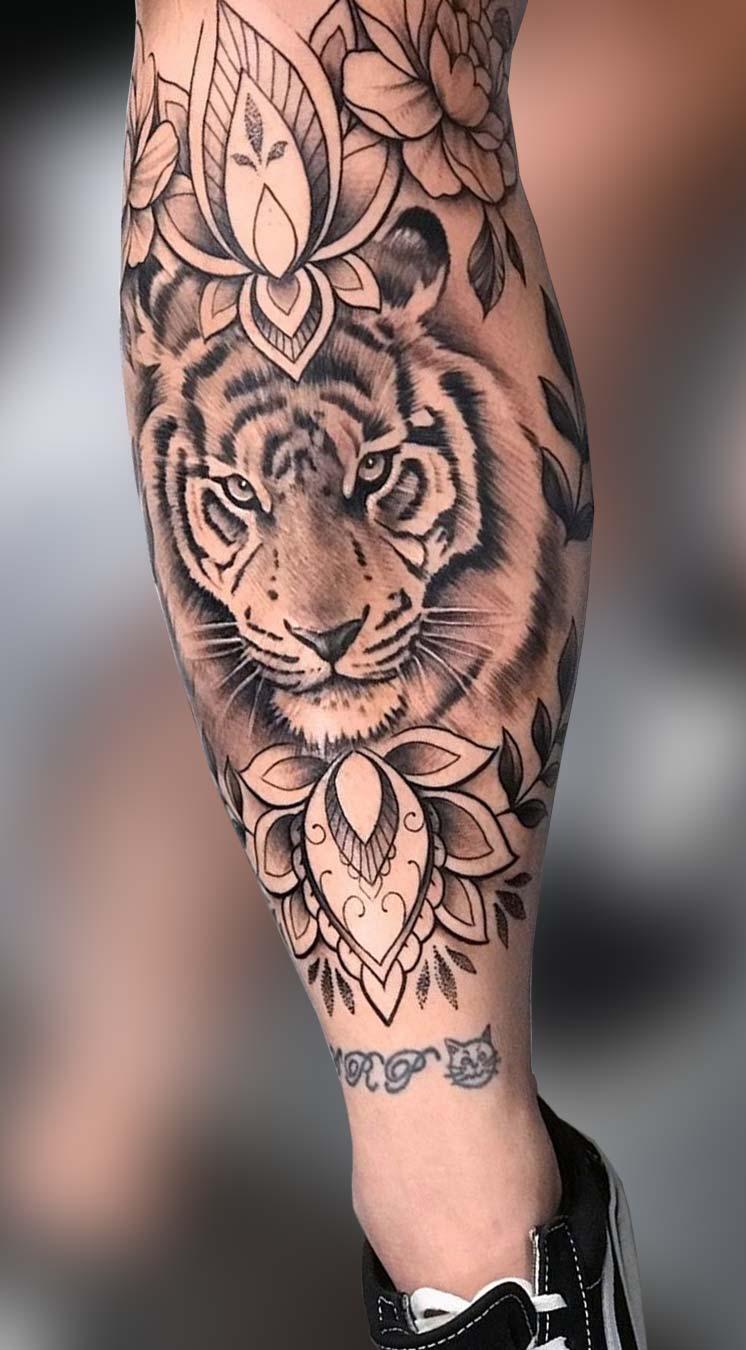 tatuagem-de-tigre-feminina-na-perna