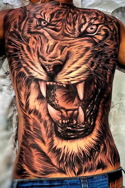 tatuagem-de-tigre-masculina-nas-costas-2021