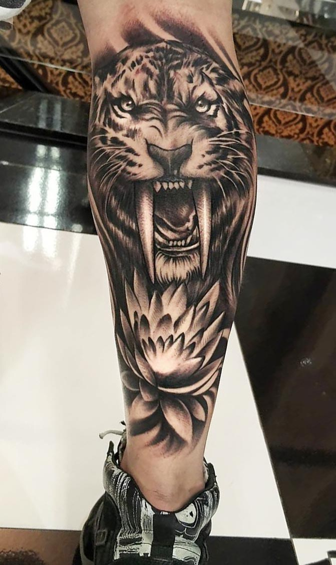 tatuagem-de-tigre-na-panturrilha