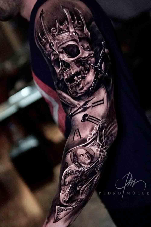 braco-fechado-de-tatuagens-masculinas-11