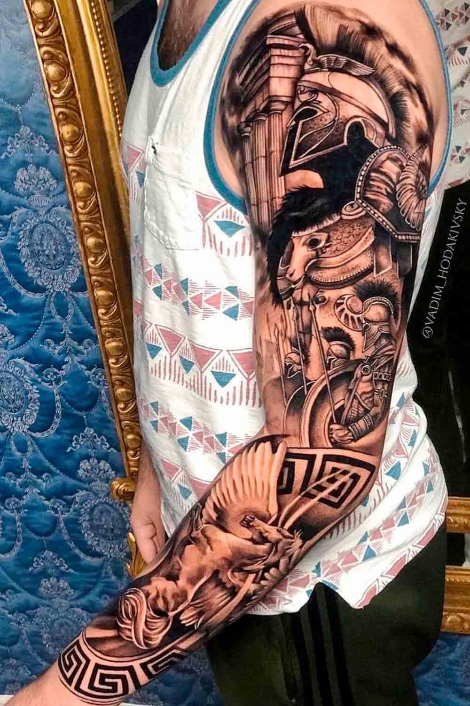 braco-fechado-de-tatuagens-masculinas-14