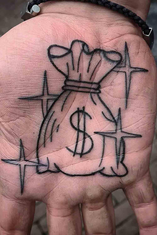 tatuagens-masculinas-nas-maos-19