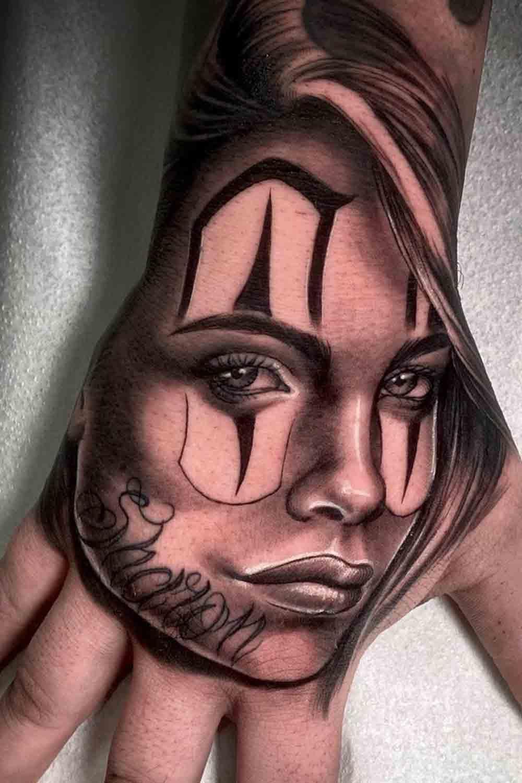 tatuagens-masculinas-nas-maos-23