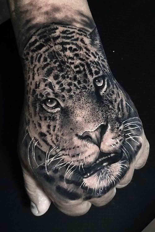 tatuagens-masculinas-nas-maos-3
